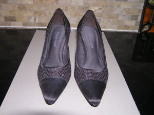 Women's Etienne Aigner Brown Sparkly Dress Shoes 7 1/2 Like New
