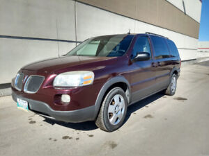 Moving Sale: 2006 Pontiac Montana SV6 with Remote Starter: As is