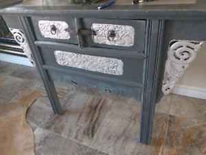 Silver leaf table antique
