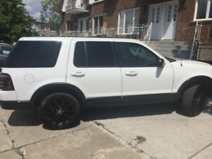 Ford Explorer Eddie Bauer 2003 (with many upgrades)