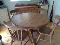 COUNTRY PINE EXTENDING TABLE AND CHAIRS