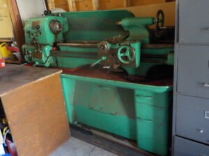 COLCHESTER METAL LATHE FOR SALE