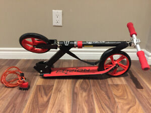 Fuzion Adult Kick Scooter w/ bike lock. $60 OBO!
