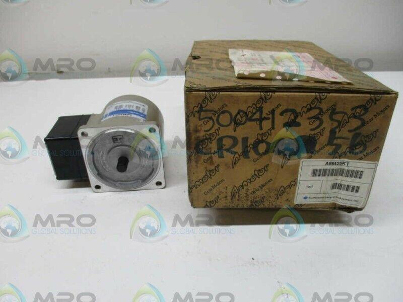 SUMITOMO A8M25KT INDUCTION MOTOR * NEW IN BOX *