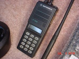 FS: Motorola JT1000 VHF 136-174 MHz 16 Ch FPP Portable - HAMS!