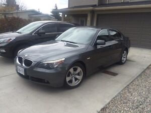 (2006) BMW 525i luxury (Kelowna)