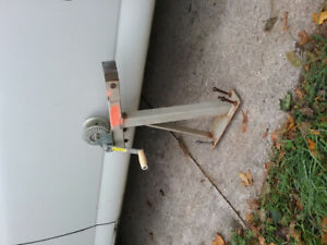 Boat winch with bracket cap, 600 lbs  call or text 226-626-0159