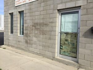 Store front unit available 759 Wall St $1000 flat!