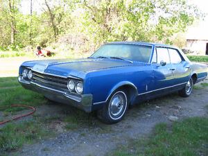1965 Oldsmobile 4 door hardtop