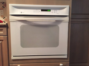 REDUCED!!! Wall/Microwave oven pair.