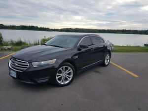 2013 Ford Taurus SEL AWD, LOADED