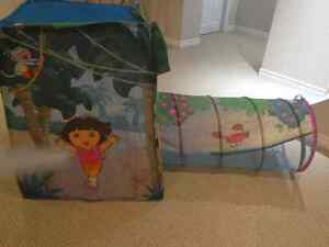 Dora the Explorer - Hide N Explore play Tent and tunnel