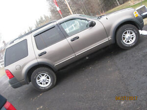 REDUCED 2003 Ford Explorer automatic 4X4