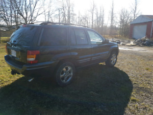 2004 grand cherokee, must sell