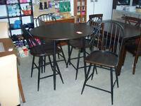 BRAND NEW 5 piece pub set - Delivery Available
