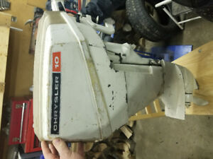 10 hp Chrysler outboard motor with spare mid section and gearbox