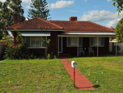 House for Rent (Superb Location - walk to Thornlie Square)