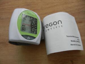 Moniteur  pression artérielle au poignet Oregon Scient BPW813