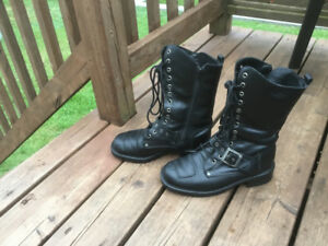 Women's Leather Motorcycle Boots - Size 9