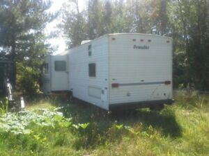 2009 PROWLER 40 FOOT TRAILER