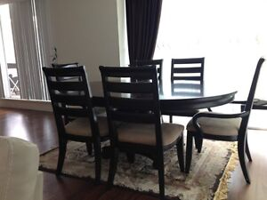 Dining set (Expandable table top) unbelievable Deal... Downtown-West End Greater Vancouver Area image 3