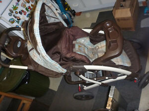 Graco Quattro Tour Stroller & Travelling System West Island Greater Montréal image 5
