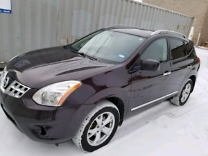 One owner 2011 Nissan Rogue AWD