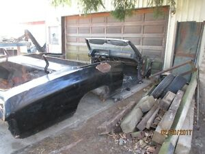 1969 Pontiac 2+2 convertible body shell only $50