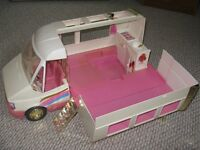 CAMPER -w/DETACHABLE JEEP - Barbie