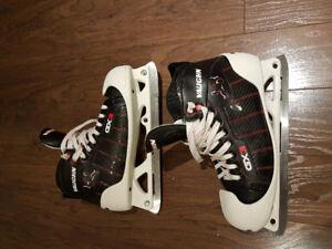 Vaughn GX3 Pro Sr. Skates