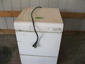 USED CLOTHES DRYER