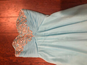 Beautiful blue prom/ formal dress full length- great condition