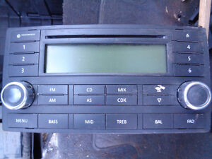 VW VOLKSWAGEN Touareg AM FM Radio Stereo CD Player Factory