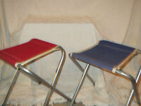 2 vintage camping stools / 2 selle à camping