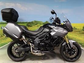 Triumph Tiger 1050 SE ABS 2012 **FULL LUGAGGE AND LOW LOW MILES!**