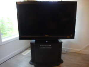 "48""SONY FULL HD 1080 MODEL  KDL--46V3000 AND THE STAND"
