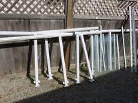 Aluminum and glass railing