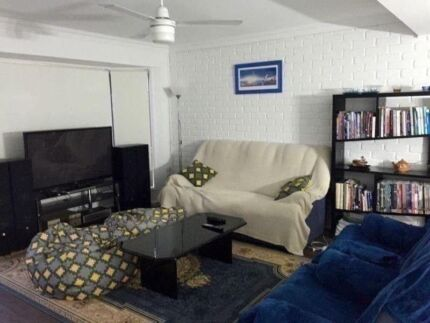 Furnished Air-Conditioned Bedroom - Clean & Comfortable Townhouse