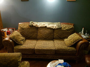 3 pieces chesterfield set St. John's Newfoundland image 2