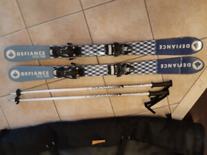 kids skis+poles very good conditions.$60.00