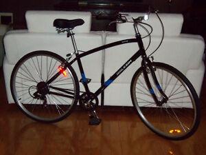 Vélo hybrid Bicyclette raleigh de promenade NEUF NEUF 2016