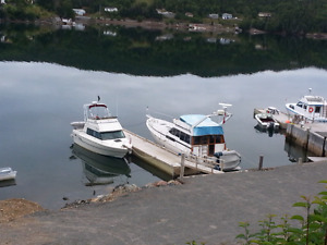 Boat births at Floating docks Trinity Bay
