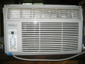 Noma air conditioner almost new, for handyman
