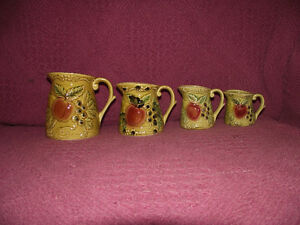 Set of 4 Vintage Ceramic Measuring Cups