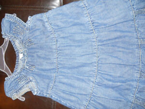 Gap girls Cute Jean dress size 3T