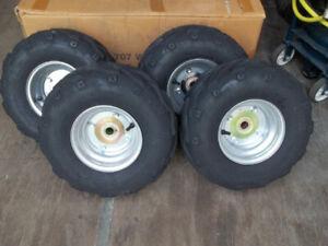 4 pneu roue et hubs 16x8.00-7