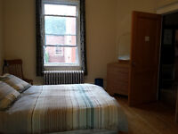 Large room for rent in NDG - Grande chambre ds NDG