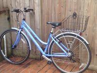 Land offer ladies hybrid bike