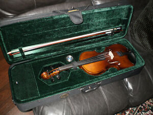 Full size Violin/Fiddle outfit.