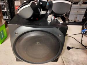 Logitech z-5500 5.1 speaker thx